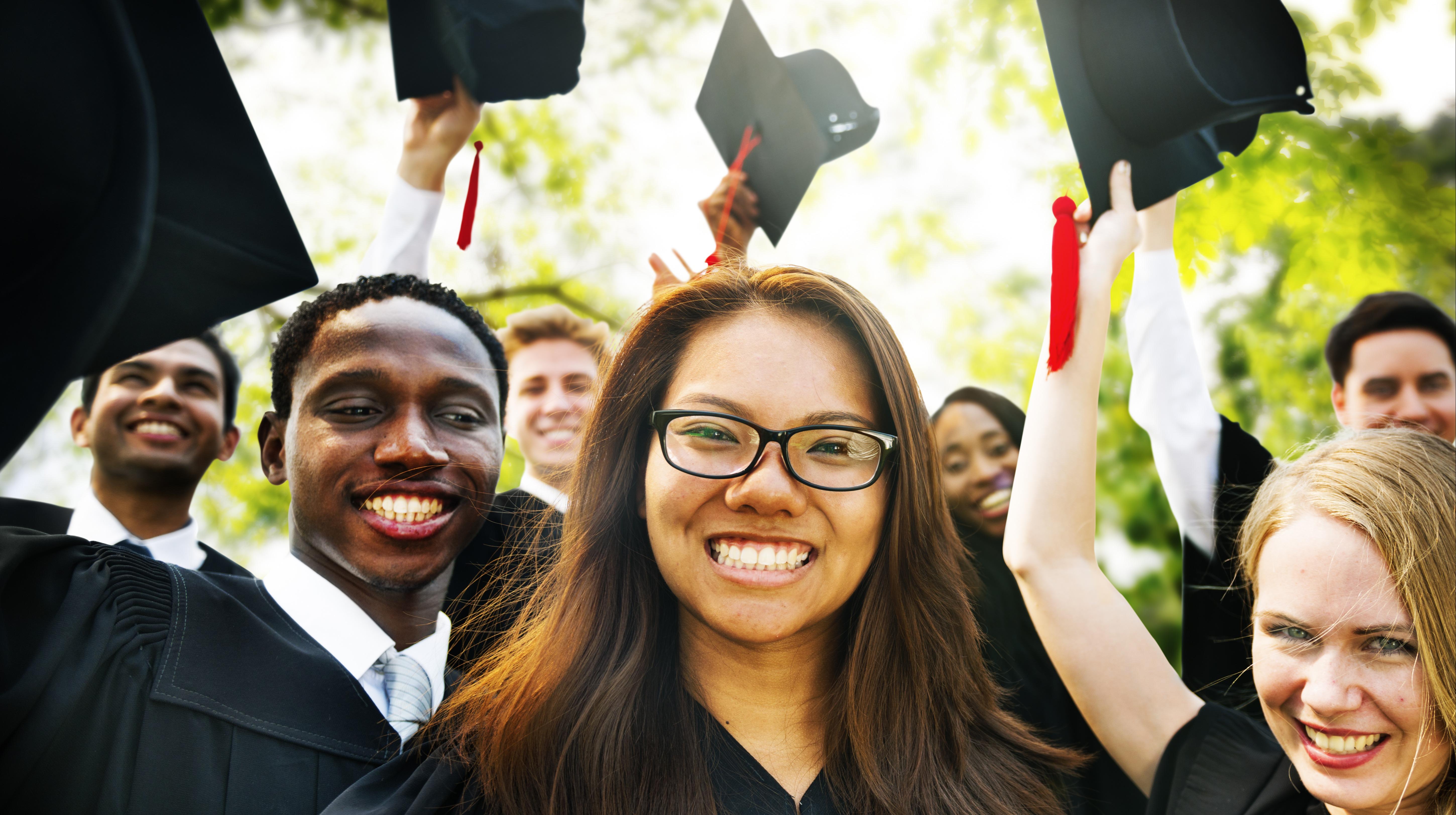 High School and College Graduation Checklist